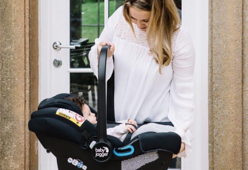 Что подарить ребёнку на 7 месяцев?