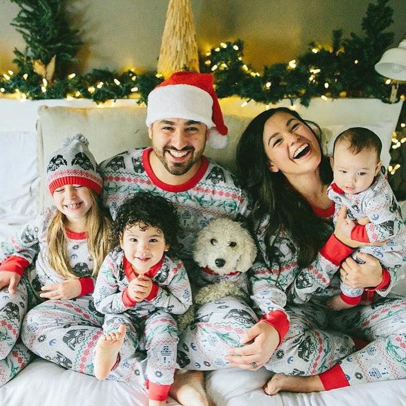 Что подарить семье на Новый год?